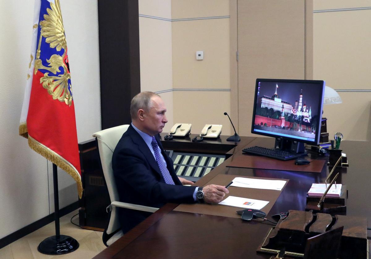 Експерт поділився, що згідно з чорною біографією Володимиру Путіну 69 років – Путін новини сьогодні