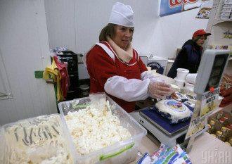 Лікар попередила, що домашній сир з високим рівнем жирності можна їсти не всім – Домашній сир користь і шкода
