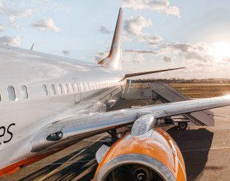 SkyUp, літак