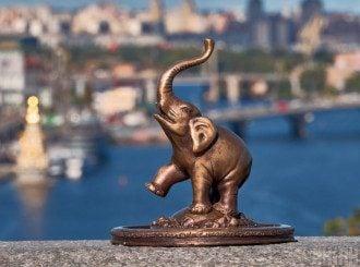У п'ятницю починається рік Слона, в цей день можна привабити добробут, повідомив Влад Росс – Рік Слона 2020