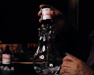 Євген Комаровський розповів простий рецепт антисептика для рук – Як зробити антисептик для рук