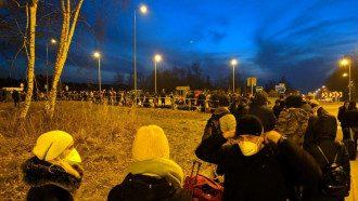 На границах образовались огромные очереди / varta1.com.ua