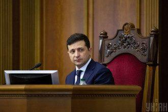Астролог розповів, у якому році під Зеленським захитається президентське крісло / УНІАН