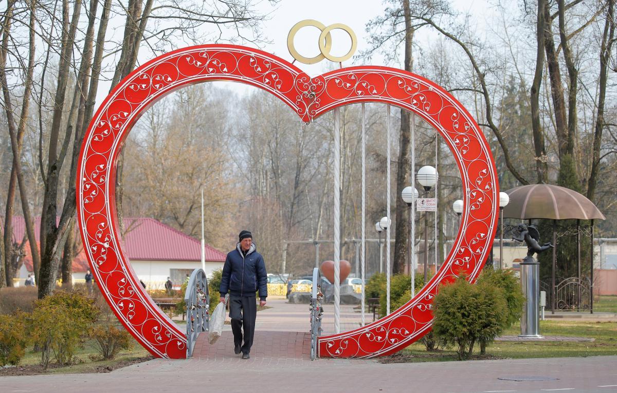 Победы в любви спрогнозированы Весам, Водолеям и Близнецам – Гороскоп на 3 апреля 2020 года