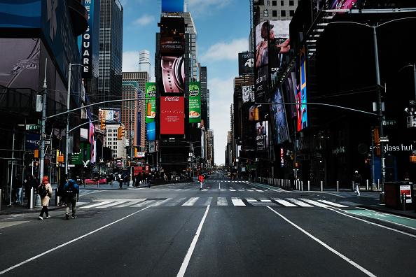 Нью-Йорк опустел из-за коронавируса