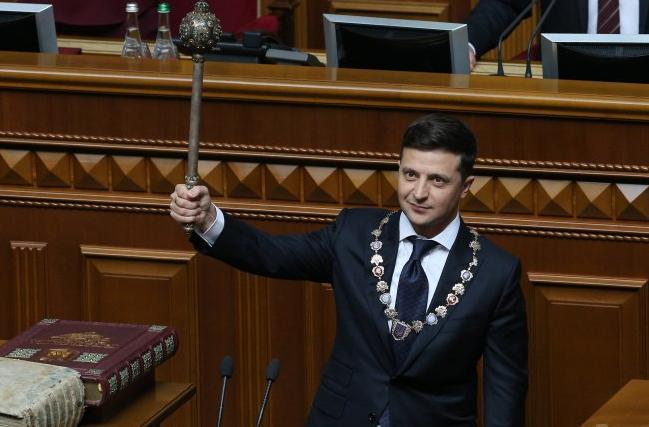 Астролог предупредил, что Владимира Зеленского может убить человек, которому тот доверяет – Гороскоп 2020