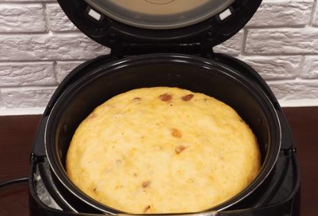Класний панеттоне в мультиварці випікається понад годину – Рецепт італійського панеттоне