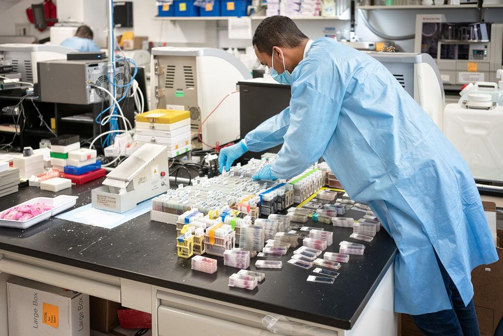 коронавірус лабораторія