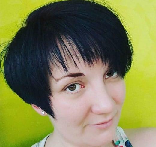 Фарбування на коротке волосся, яке додає віку