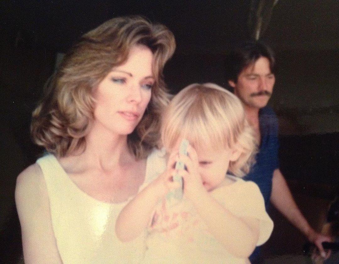 Эмбер Херд с мамой
