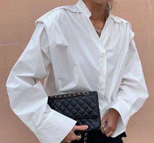 Блуза с подплечниками 2020