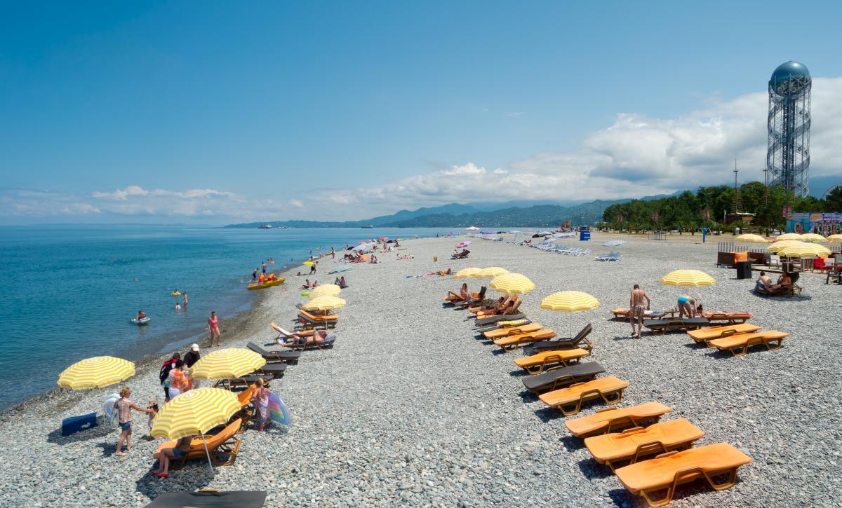 Грузинский Батуми готовится принимать туристов