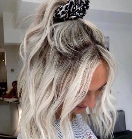 Модні зачіски 2020 на літо