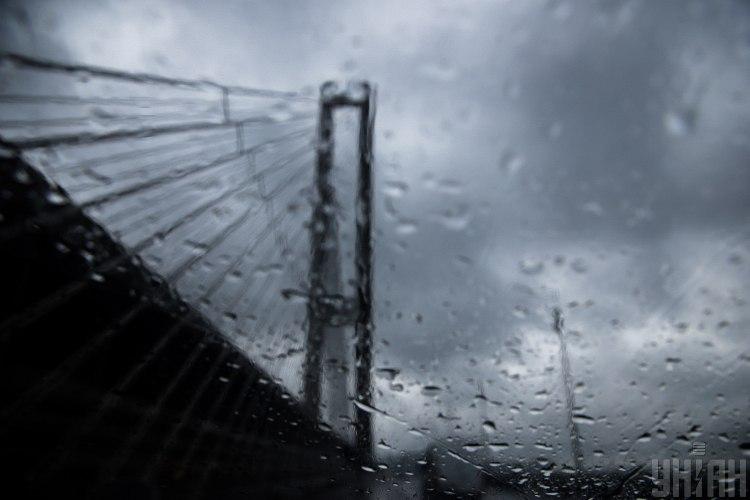 дощ,Київ