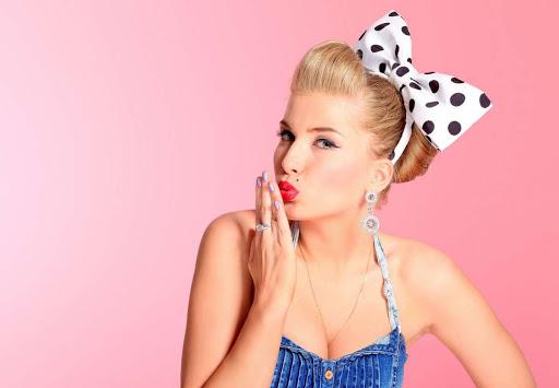 31 мая - День блондинок - поздравления, открытки и гиф превосходные