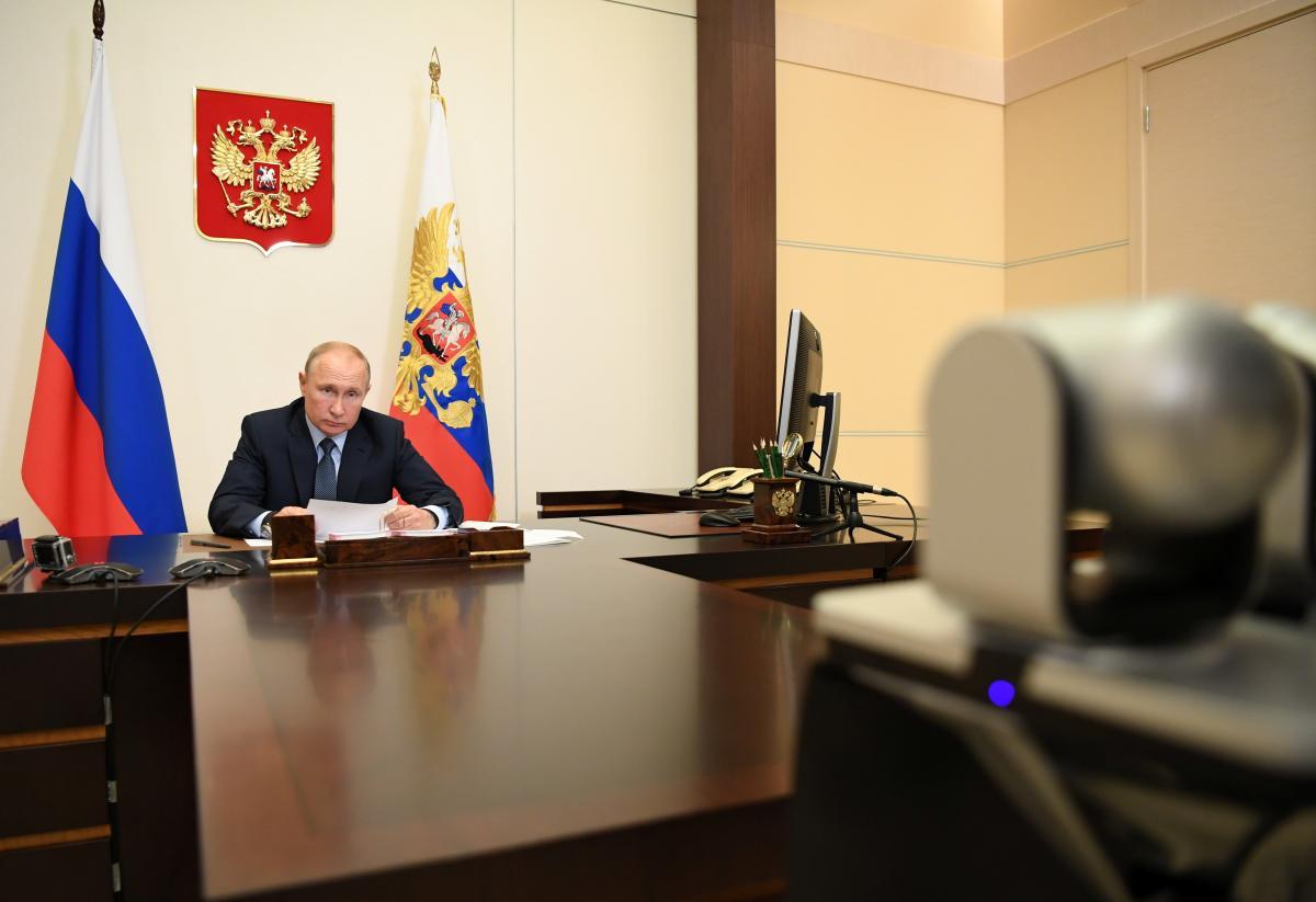 Опозиціонер поділився, що найпростіший спосіб розв'язати питання усунення Путіна від влади – оголосити, що він помер – Путін новини