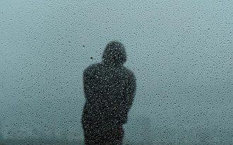 человек,дождь
