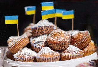 Астролог поделилась, что в один из дней мая можно есть пирожные, калории мгновенно перегорят