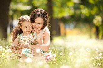 10 мая - праздник День матери 2020 - поздравления, что нельзя делать