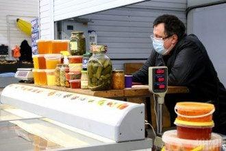 Дієтолог поділилася, що дітям до року не можна давати мед – Кому не можна їсти мед