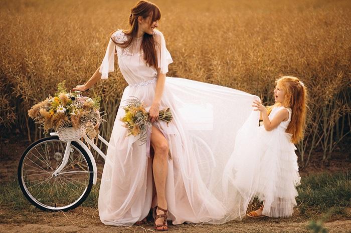 3 червня - свято велосипеда і День Олени - привітання, що не можна робити