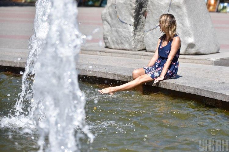 фонтан,жара