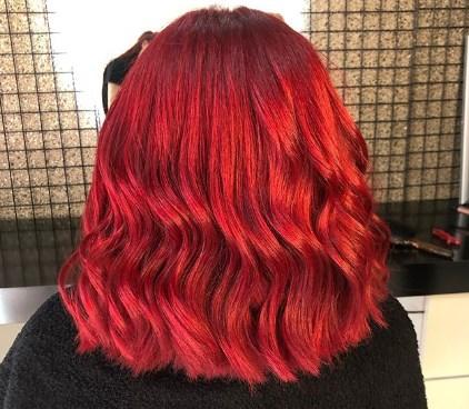 Красный цвет волос говорит о вызове / Instagram