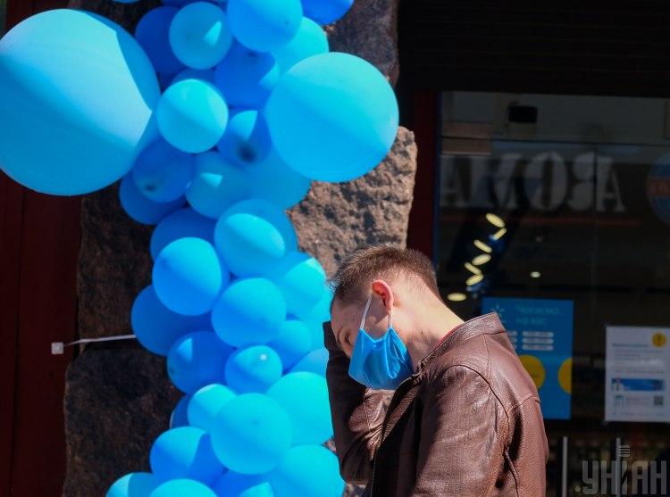 Врач считает, что в Украине количество больных коронавирусом подскочило в связи с тремя факторами – Коронавирус Украина