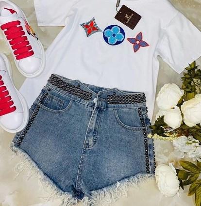 В моде джинсовые шорты / Instagram