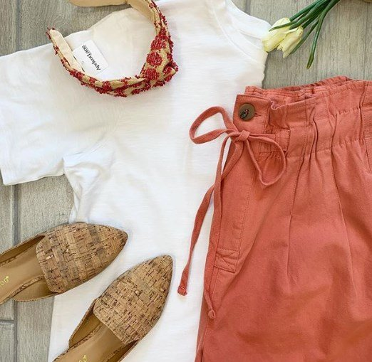 Модні кольори одягу літо 2020