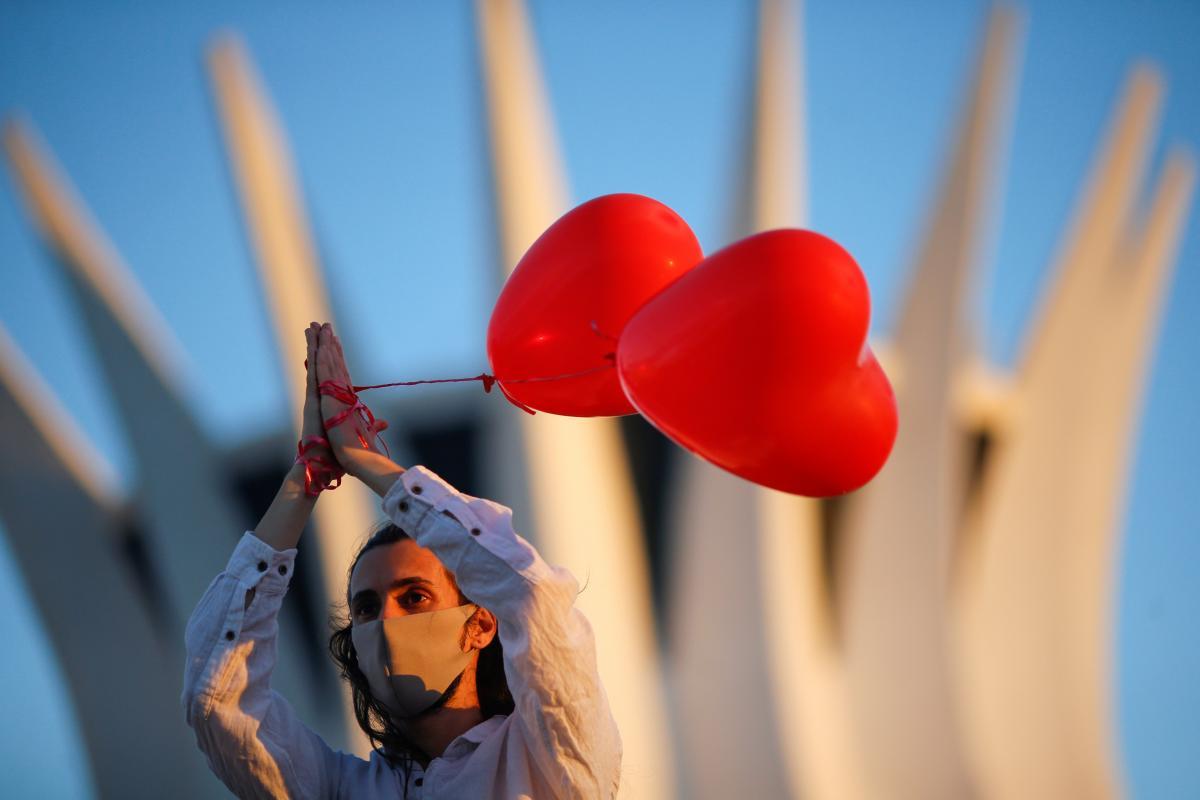 Тельцям спрогнозовано день кохання – Гороскоп на сьогодні 20 червня 2020 року