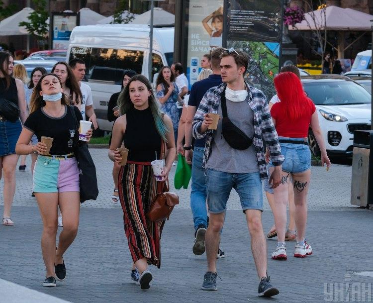 Карантин 2020 в Украине разрешили ослабить Одесской области и Киеву