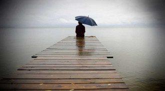 Самотність здається такою ж смертельною, як викурювання 15 сигарет на день/Pixabay