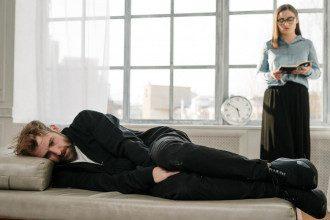 Аутогенне тренування - це техніка релаксації, спрямована на розвиток почуття спокою і розслаблення.
