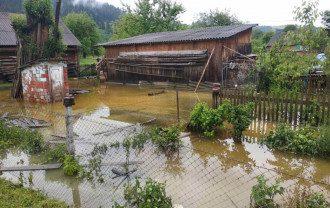 На Западной Украине затопило 9 районов - фото МВД