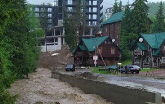 Синоптик: Погода в Україні залишається складною і небезпечною - але не скрізь