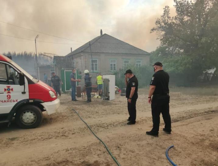 В результате пожаров на Луганщине погибли люди, сгорело много домов
