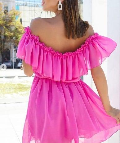 Модні сукні з воланами