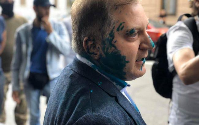 Олег Волошин - за что депутата облили зеленкой - новости Киева