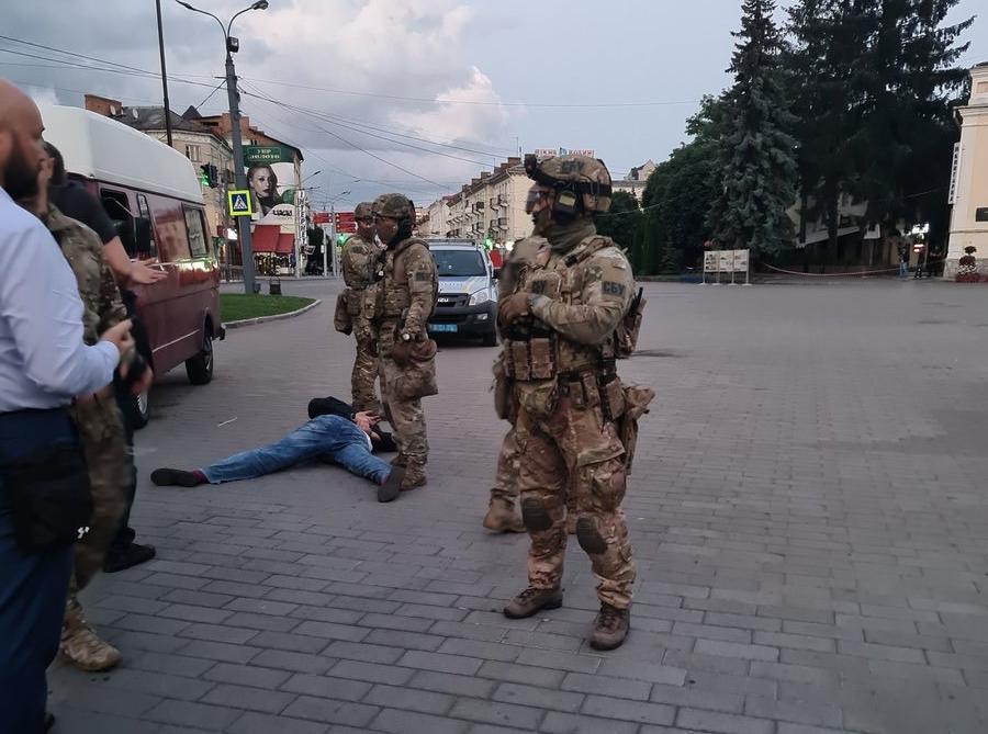 С места событий: как проходила антитеррористическая операция в Луцке