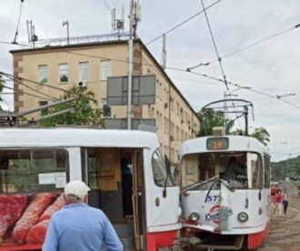 В Киеве сегодня столкнулись трамваи – Киев новости