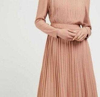 Плисированные платья 2020