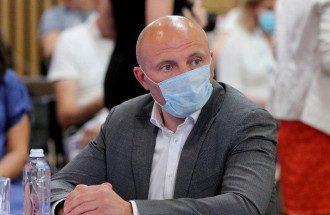 Бондаренко кидався на Зеленського, щоб вигідно розв'язати особисті питання, стверджує Джокер – Бондаренко – Зеленський