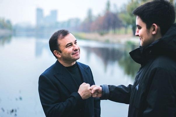 Віктор Павлик та син