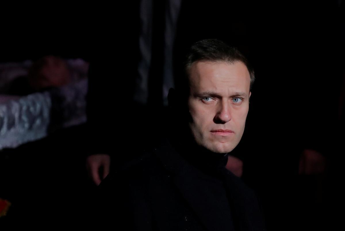 Журналісти дізналися, що у Навального в крові не знайдено алкоголь – Навальний новини сьогодні