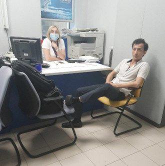 Гражданин Узбекистана захватил отделение банка в БЦ / фото Антон Геращенко