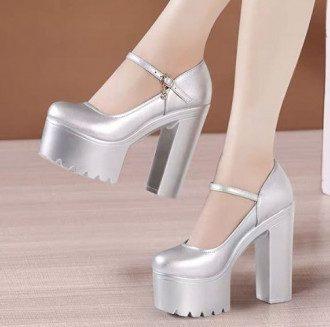 Женская обувь, которая бесит мужчин