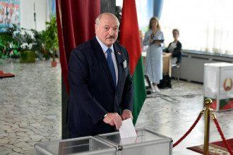 Протести в Білорусі - Лукашенко посміявся над рукою допомоги від ЄС