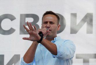 Алексей Навальный на митинге перед своими сторонниками