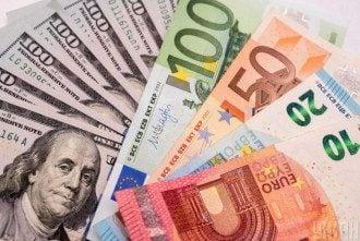 Долари, євро